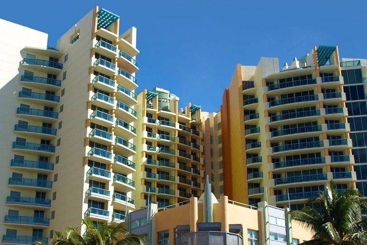 Il Villaggio On South Beach Condo