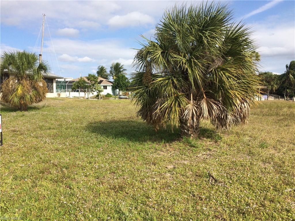 3044 Stringfellow, St. James City, Florida 33956