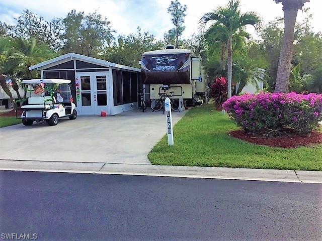1458 Diamond Lake, Naples, Florida 34114