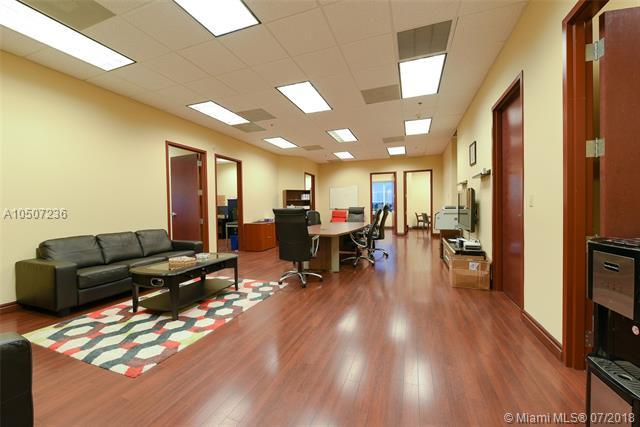 1655 N Commerce Pkwy Unit 304, Weston, Florida 33326