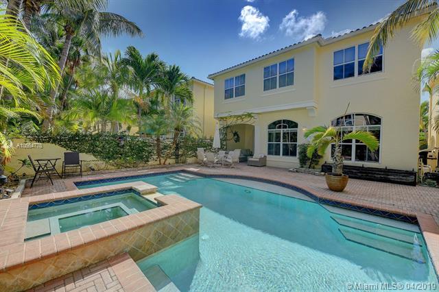 3227 NE 212 St, Aventura, Florida 33180