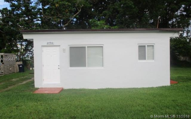 21910 SW 118th Ct, Miami, Florida 33170