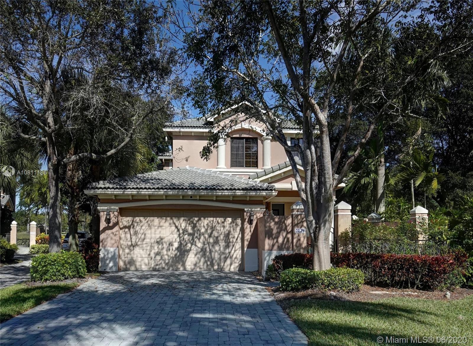 2729 Center Court Drive Unit 2-17, Weston, Florida 33332