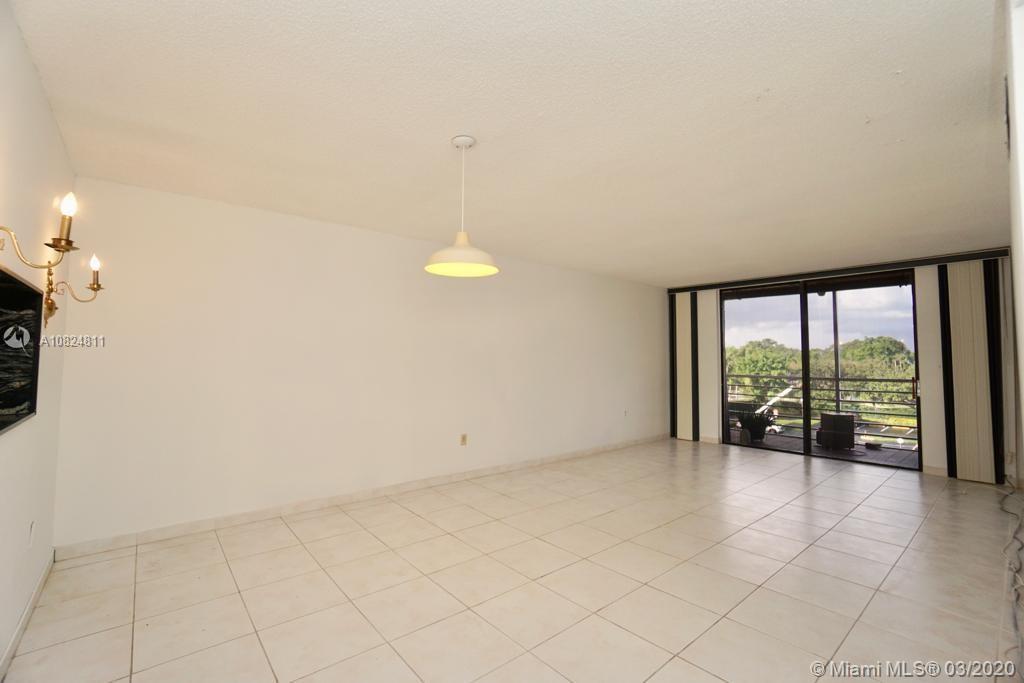 1820 N Lauderdale Ave Unit 3403, North Lauderdale, Florida 33068