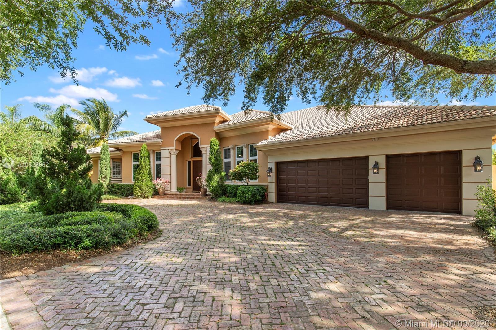 Hollywood Oaks, 3631 Estate Oak Cir, Hollywood, Florida 33312