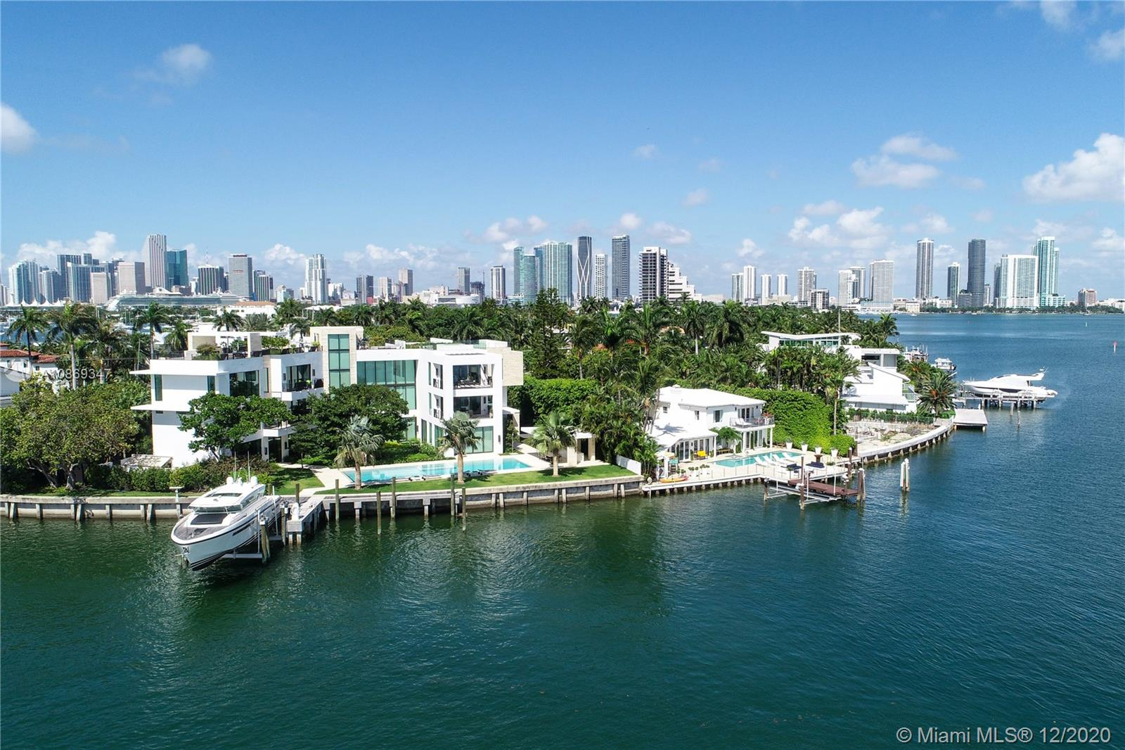 1429 N Venetian Way, Miami, Florida 33139