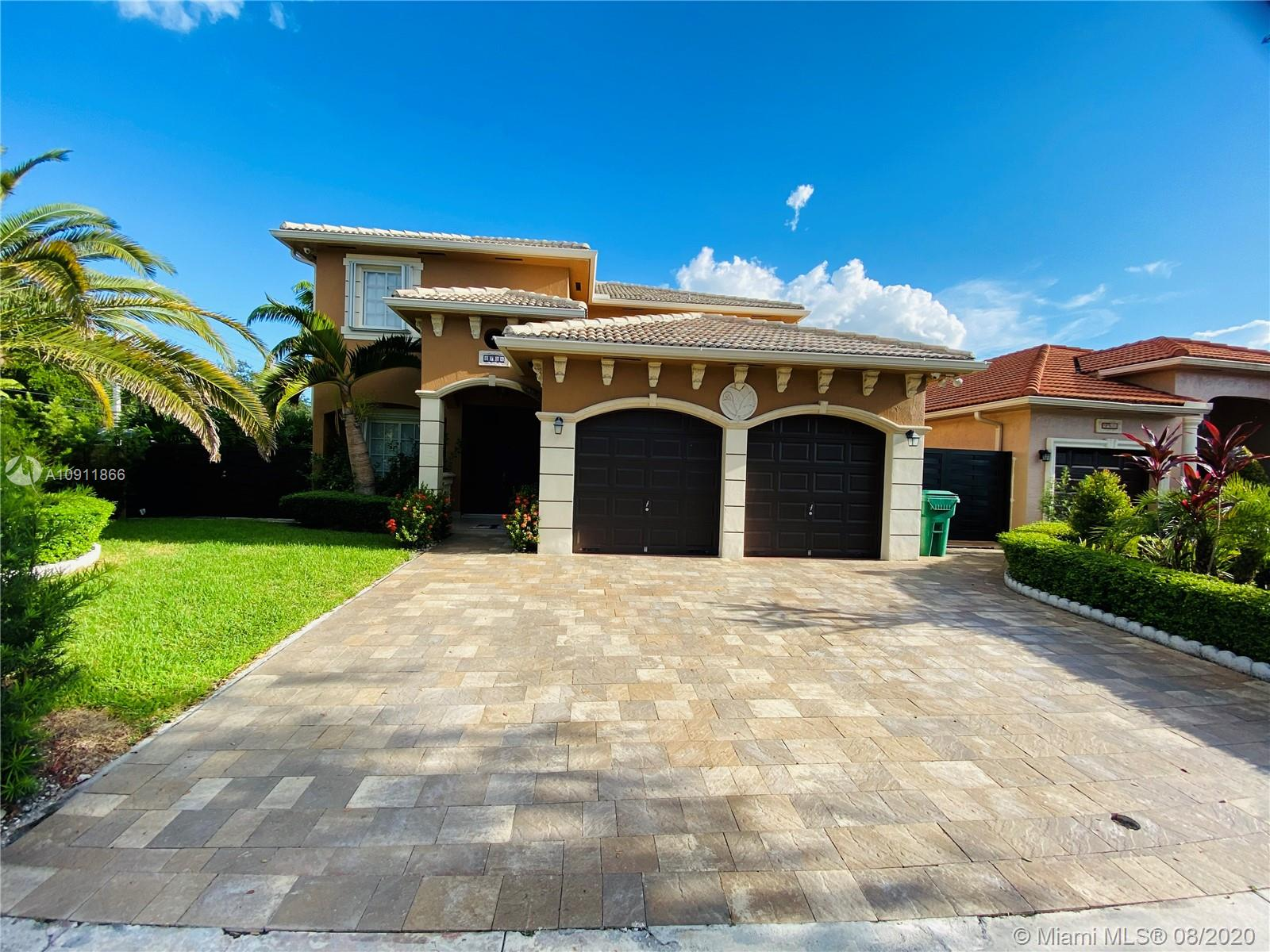 8704 NW 147th Ln, Miami Lakes, Florida 33018
