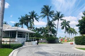 50 Park Dr Unit 2, Bal Harbour, Florida 33154
