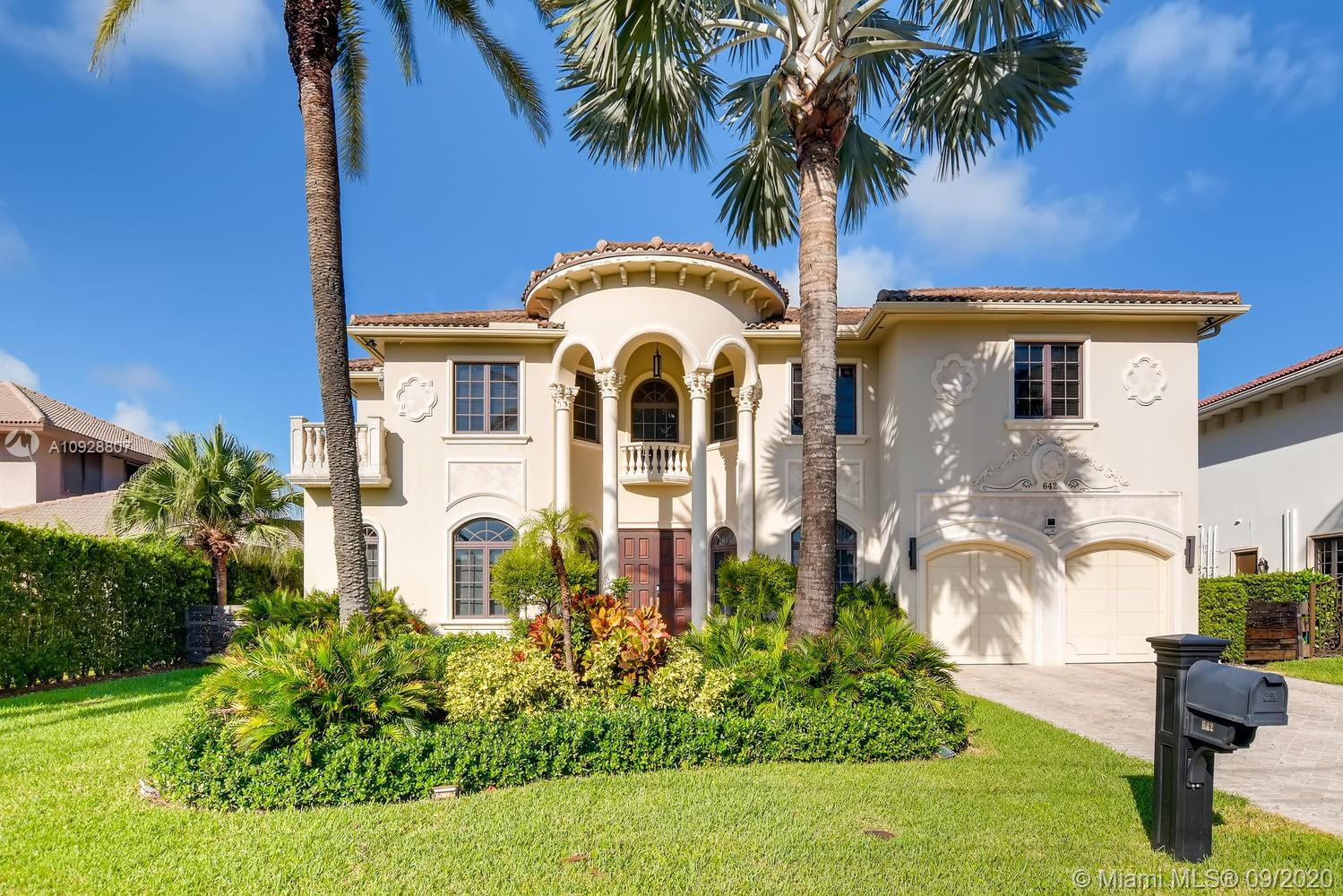 Golden Isles, 642 Palm Dr, Hallandale Beach, Florida 33009