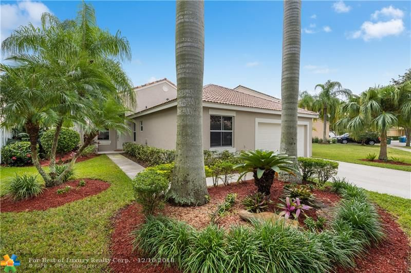 Savanna, 941 Briar Ridge Rd, Weston, Florida 33327