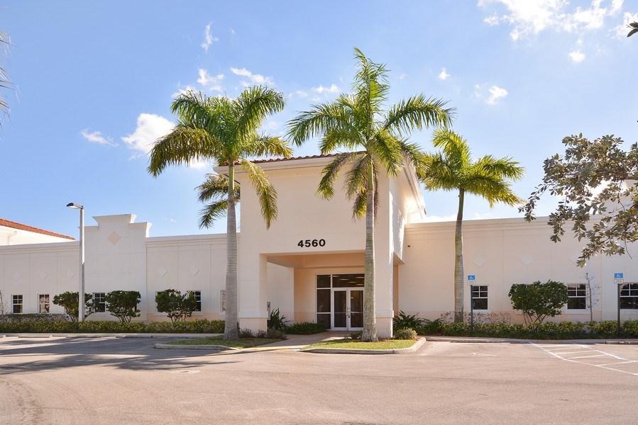 4560 Lantana, Lake Worth, Florida 33463