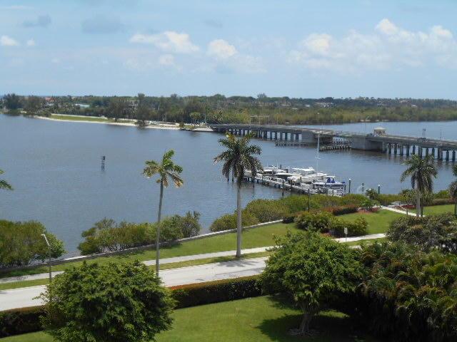 3800 Washington Unit 803, West Palm Beach, Florida 33405