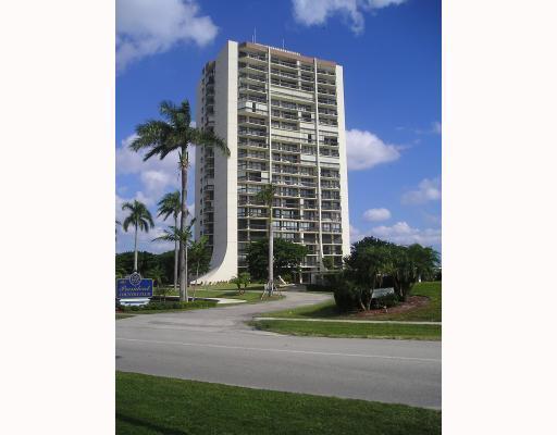 2000 Presidential Unit 1604, West Palm Beach, Florida 33401