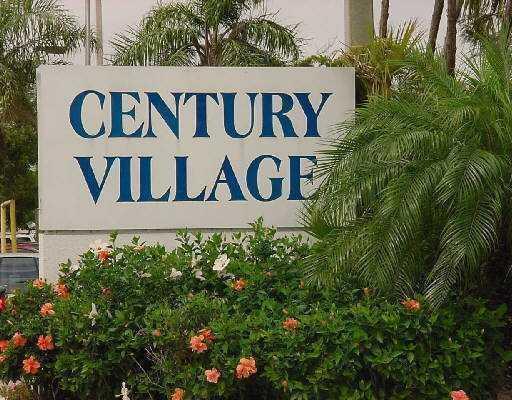 19 Golfs Edge Unit D, West Palm Beach, Florida 33417