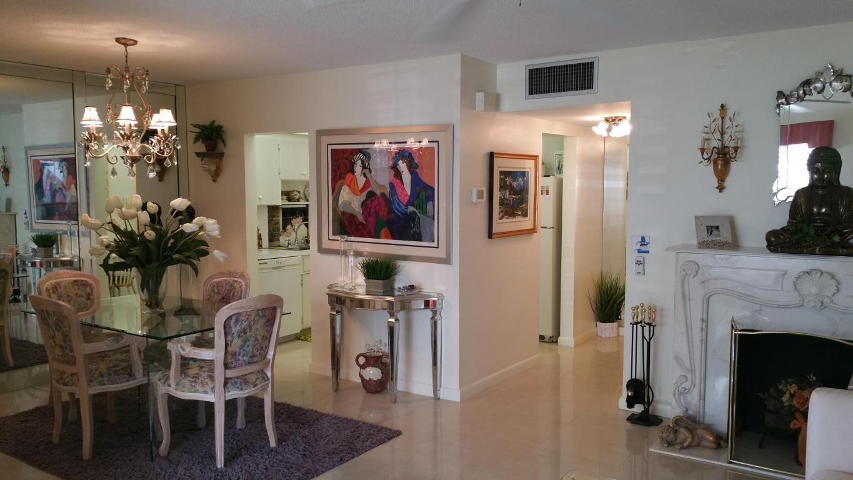 103 Stratford H, West Palm Beach, Florida 33417