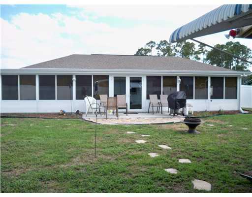 Port St Lucie, 933 SW Fenway, Port Saint Lucie, Florida 34953