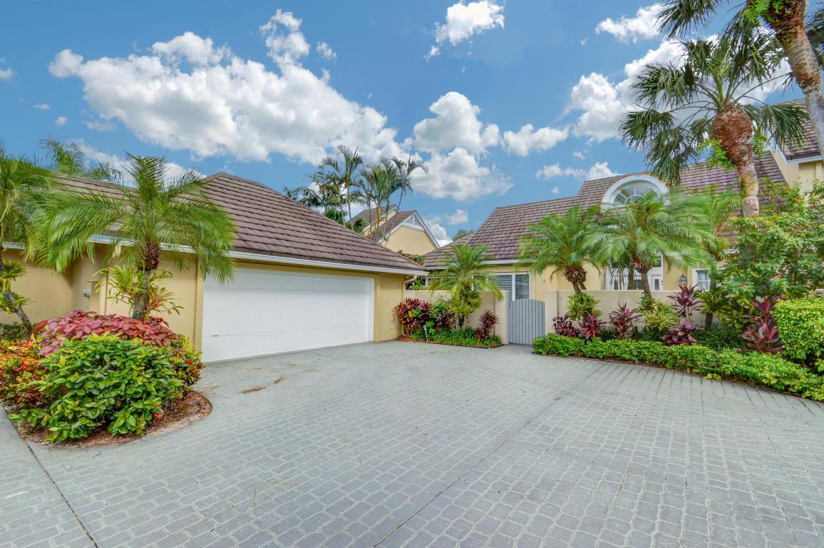 2600 Muirfield, Wellington, Florida 33414