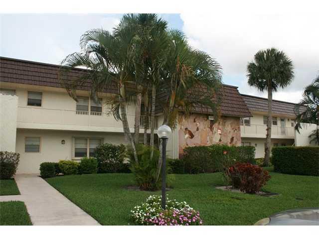 12002 Poinciana Unit 205, Royal Palm Beach, Florida 33411