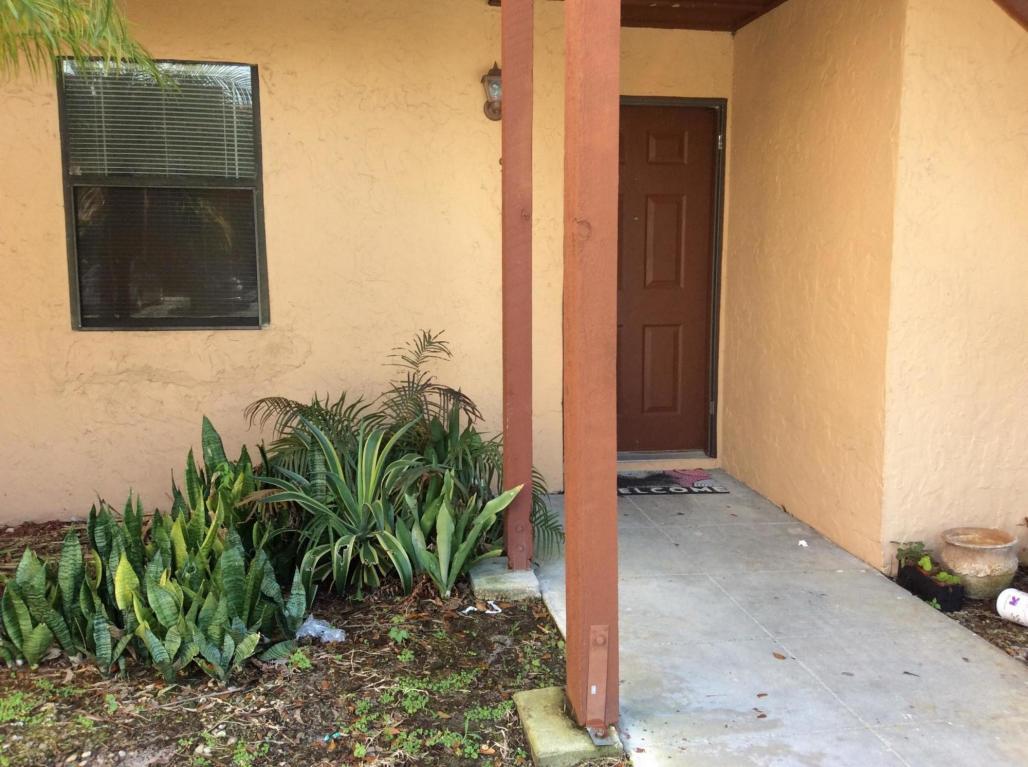 907 Lakeview, Royal Palm Beach, Florida 33411