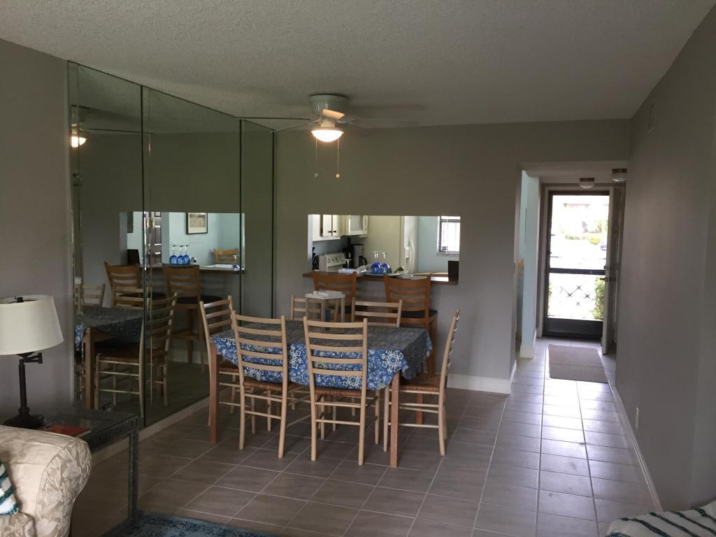 7118 Golf Colony Unit 103, Lake Worth, Florida 33467