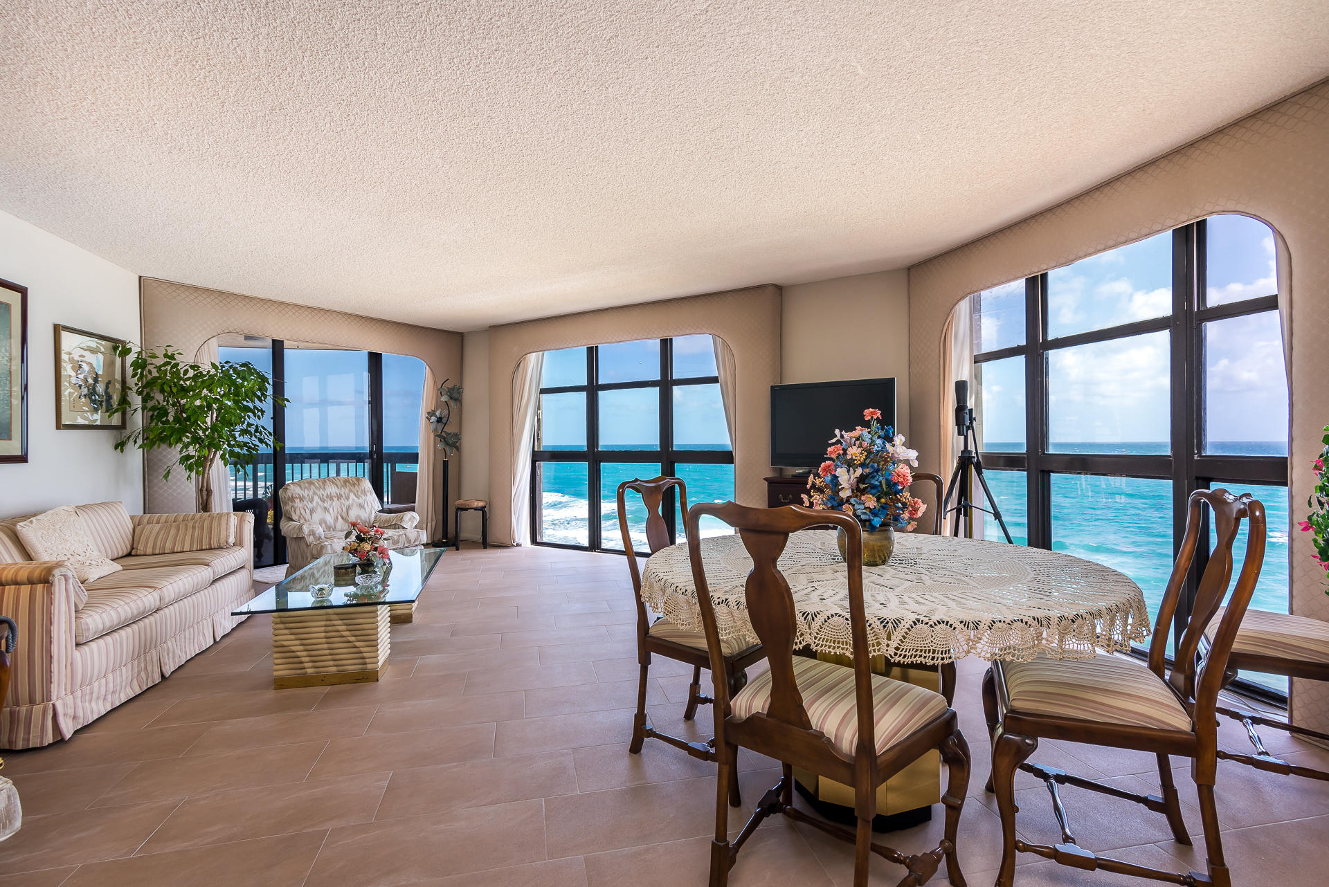 Hillsboro Ocean Club, 1155 Hillsboro Mile Unit 606, Hillsboro Beach, Florida 33062