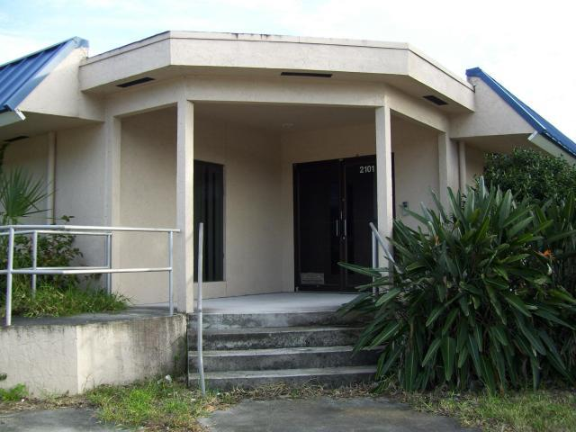 2101 Okeechobee, Fort Pierce, Florida 34950