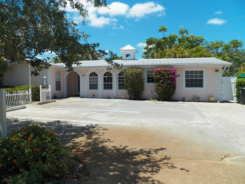 204 SW Winnachee, Stuart, Florida 34994