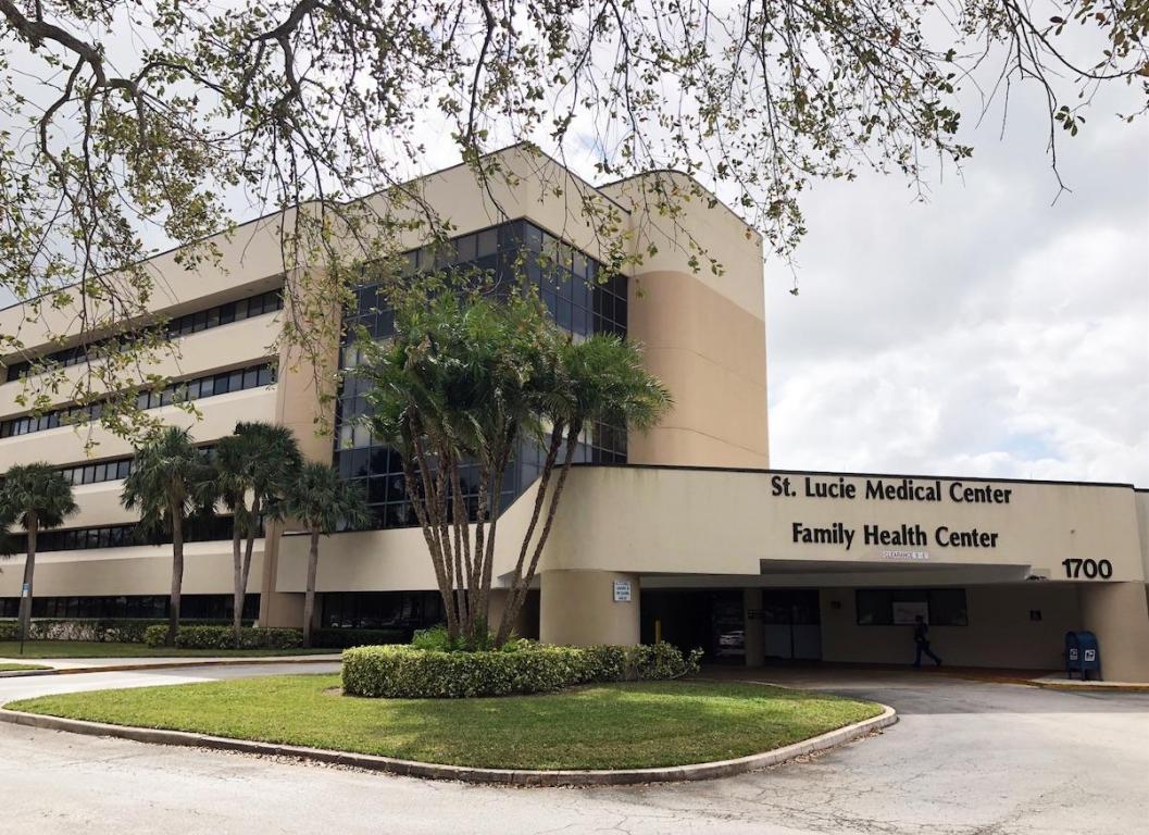 1700 SE Hillmoor Unit 306, Port Saint Lucie, Florida 34952