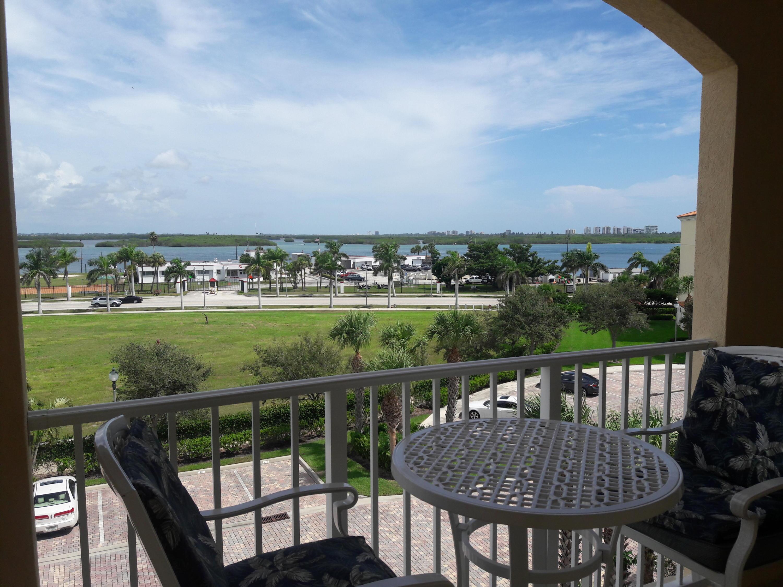 37 Harbour Isle Unit Ph02, Fort Pierce, Florida 34949