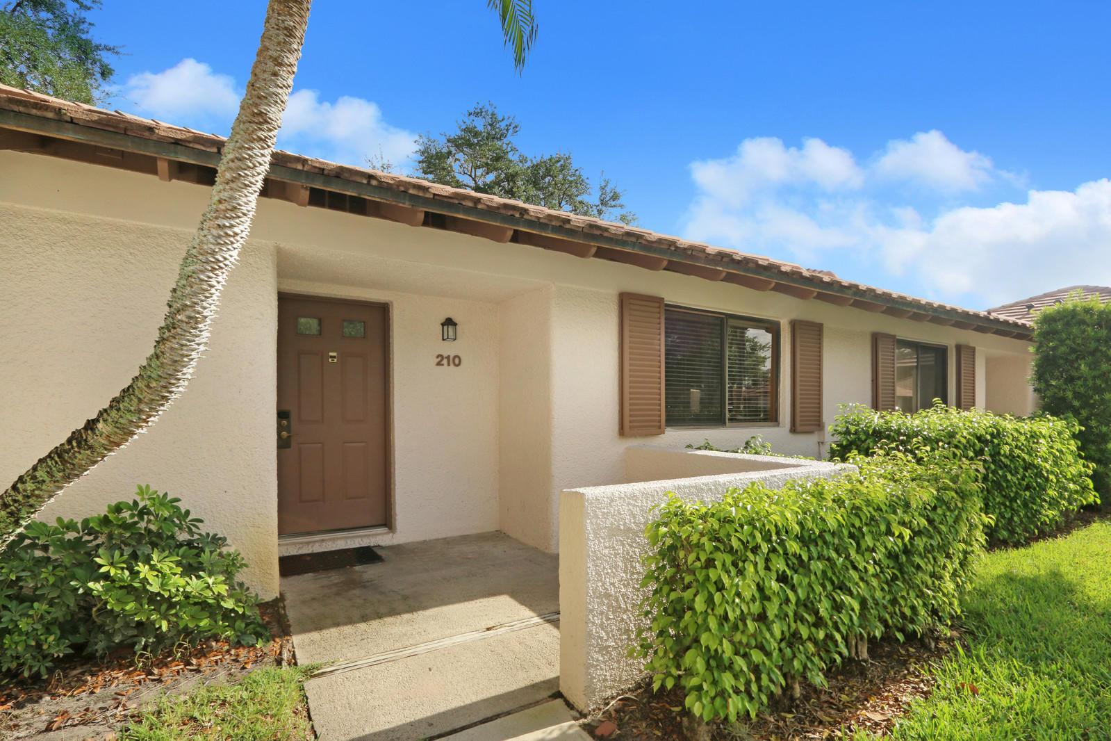 210 Club, Palm Beach Gardens, Florida 33418