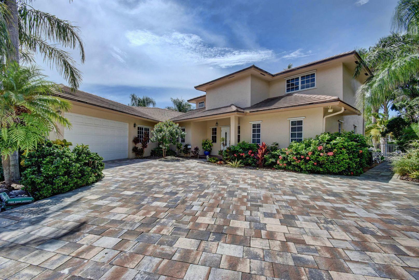 27 Hibiscus, Ocean Ridge, Florida 33435