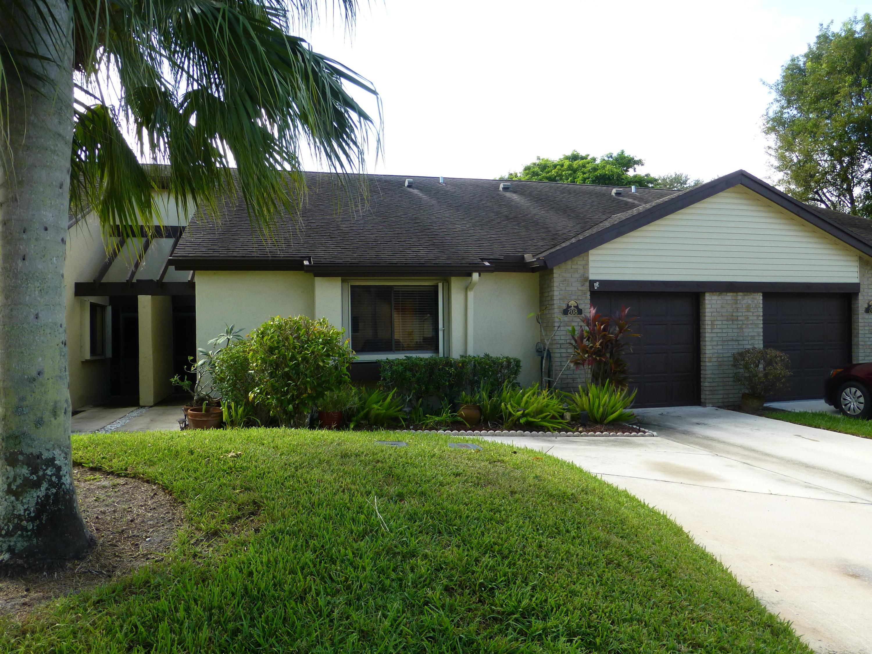 208 Meander, Royal Palm Beach, Florida 33411