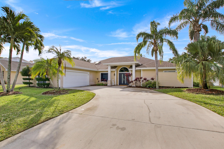 10840 SE Seminole, Tequesta, Florida 33469