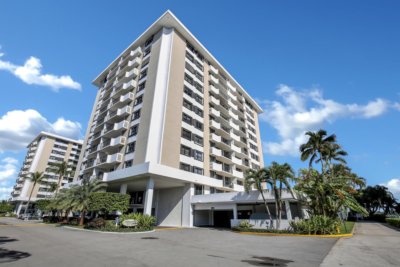 1200 Marine Unit 909 Ph 1, North Palm Beach, Florida 33408