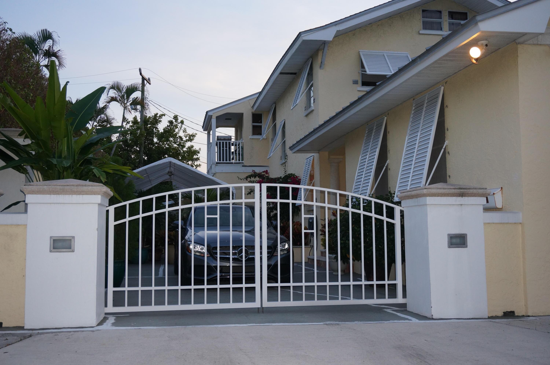 420 Sunset, West Palm Beach, Florida 33401