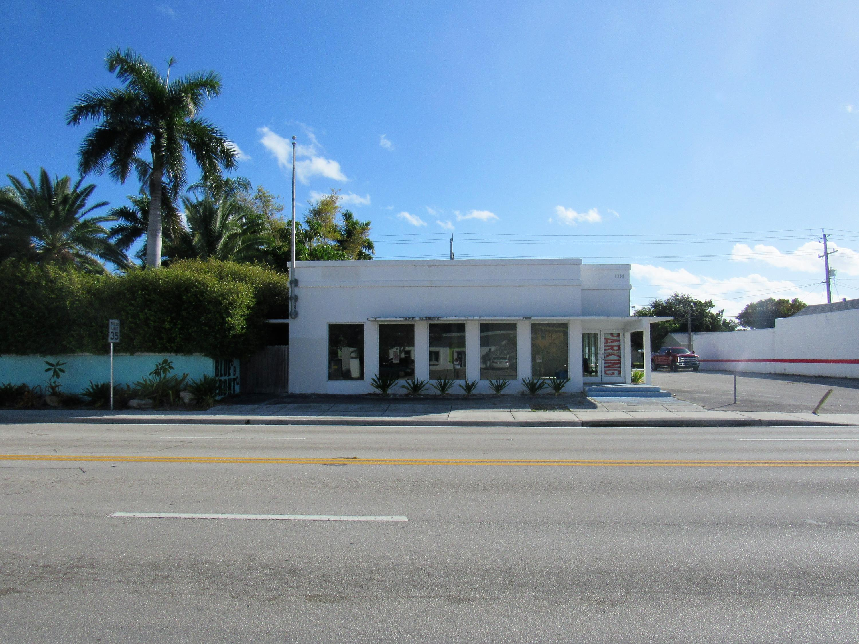 1114 N Dixie, Lake Worth, Florida 33460