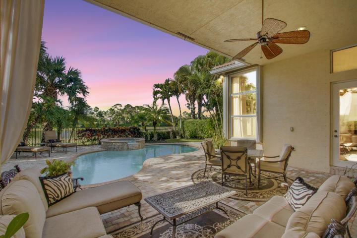 260 N Porto Vecchio, Palm Beach Gardens, Florida 33418