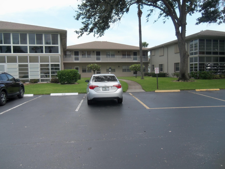 32 Lake Vista Unit 201, Port Saint Lucie, Florida 34952