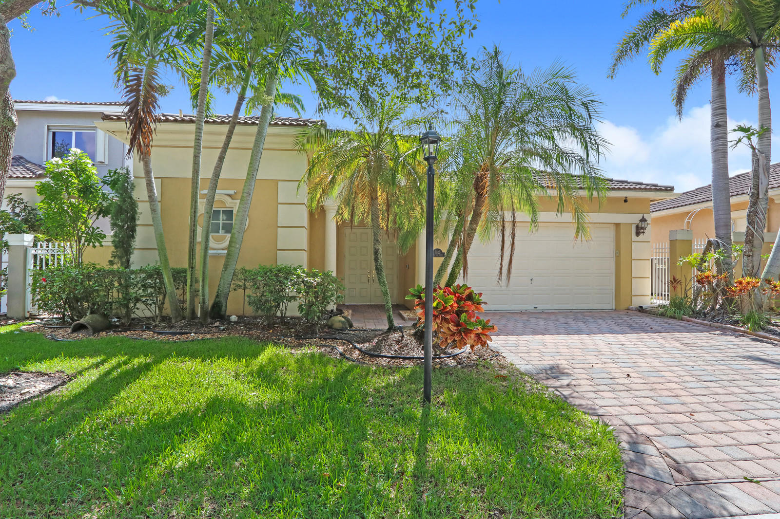 Heron Bay, 5825 NW 122, Coral Springs, Florida 33076