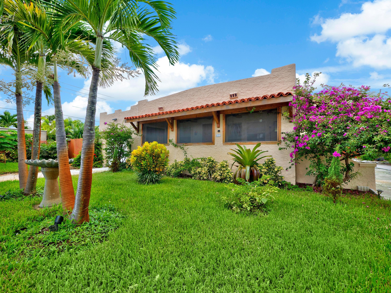 423 Oxford, West Palm Beach, Florida 33405