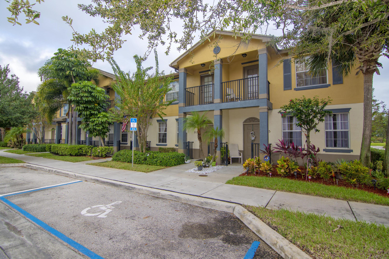 2125 SE Glen Ridge, Port Saint Lucie, Florida 34952