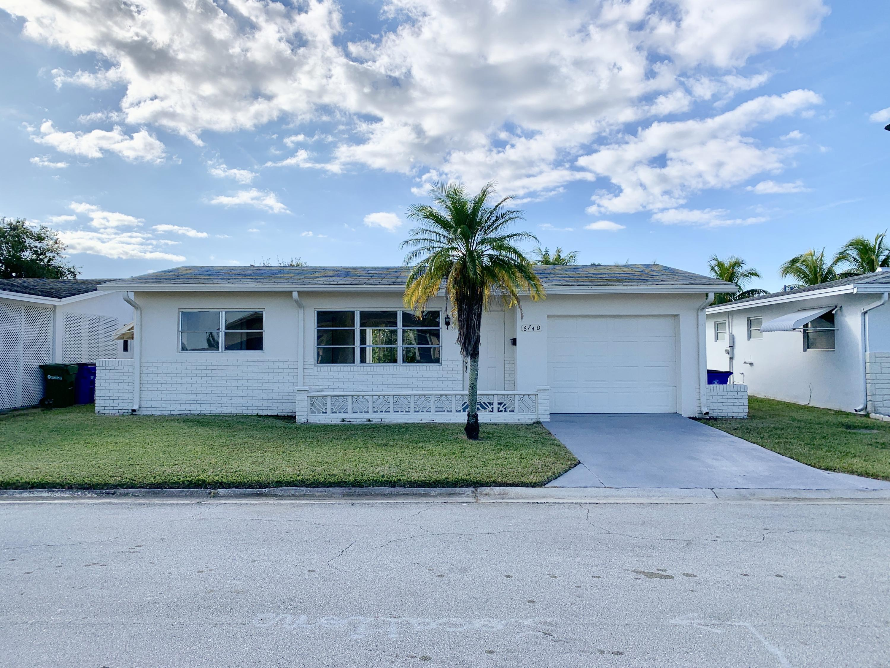 6740 NW 12th, Margate, Florida 33063