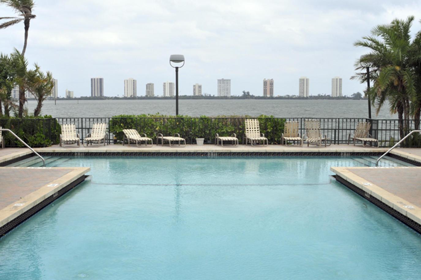 1140 Lake Shore Unit 204, Lake Park, Florida 33403