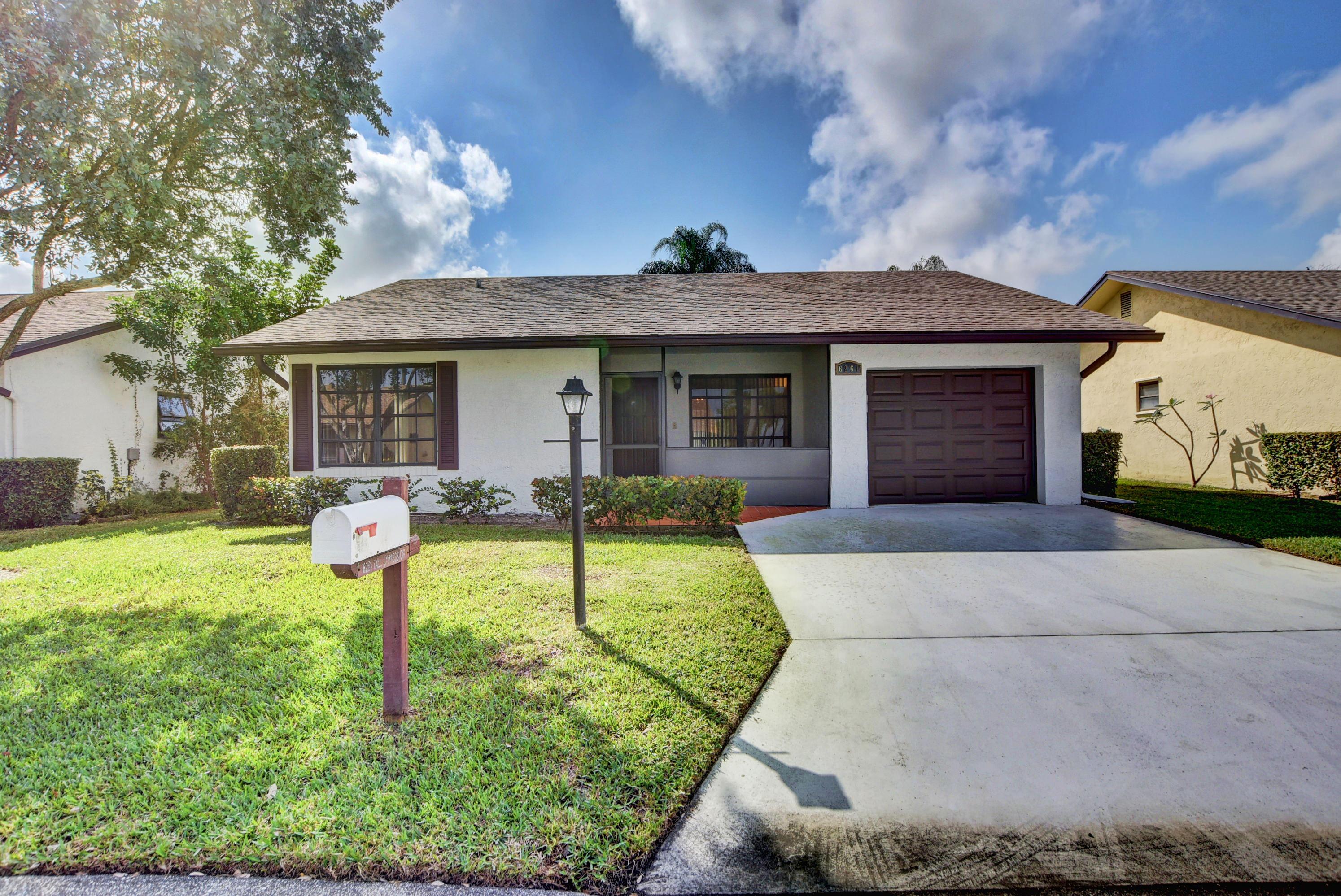 6261 Tall Cypress, Greenacres, Florida 33463