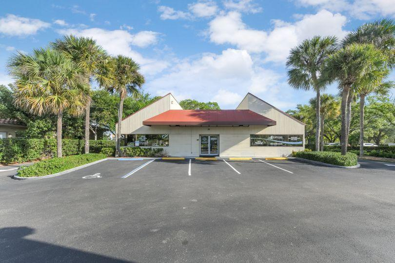 6427 Lake Worth, Greenacres, Florida 33463