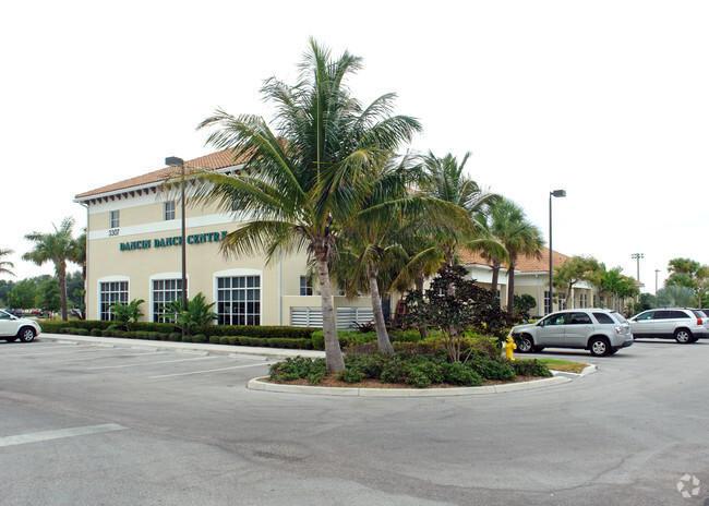 3307 Northlake Unit B106, Palm Beach Gardens, Florida 33403
