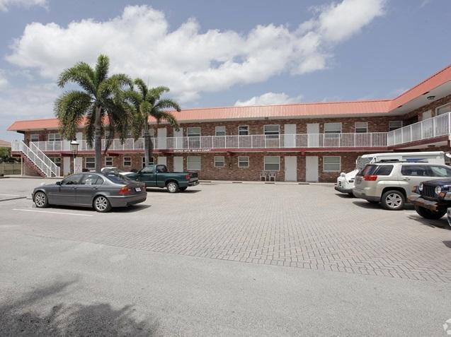 853 SE 4th, Deerfield Beach, Florida 33441