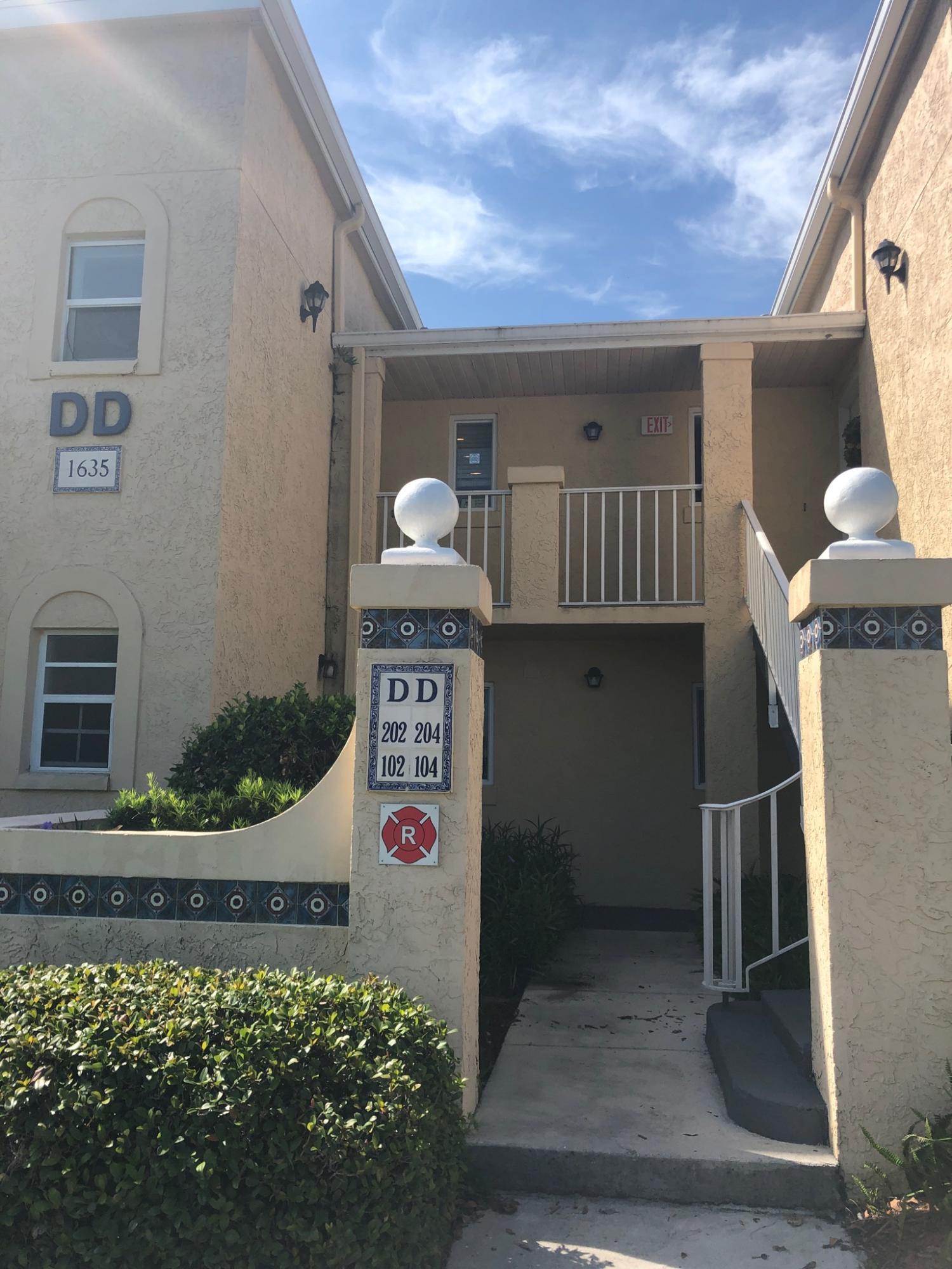 1635 SE Green Acres Unit 202, Port Saint Lucie, Florida 34952