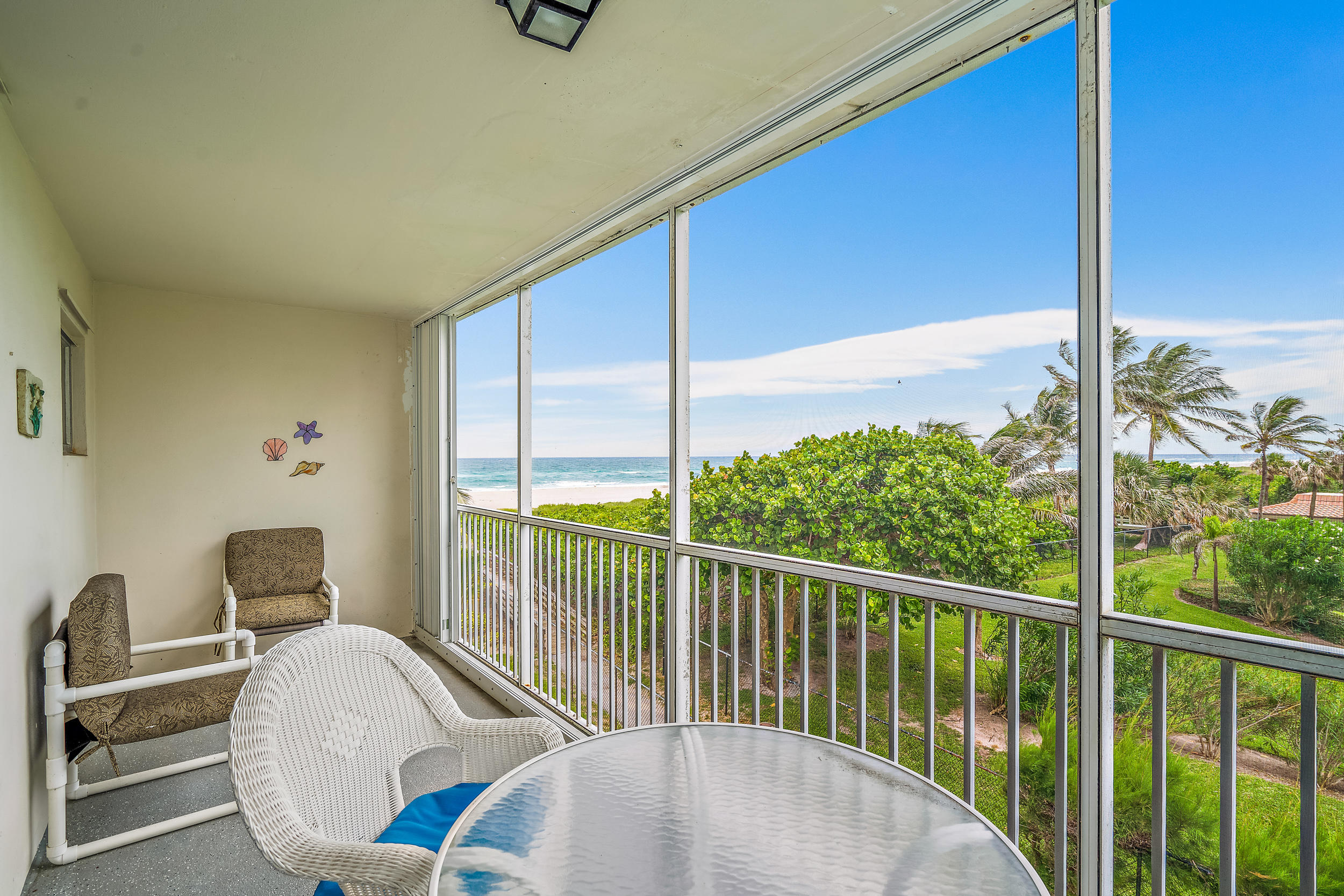 3600 N Ocean Unit 325, Singer Island, Florida 33404