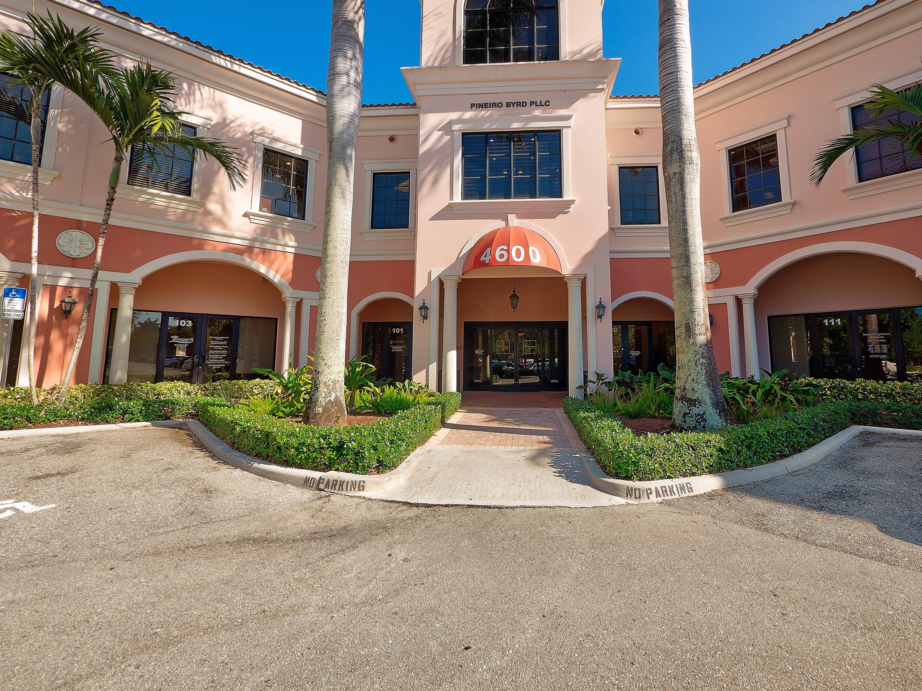 4600 Military Unit 208, Jupiter, Florida 33458